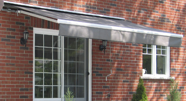 Retractable Awnings - 3