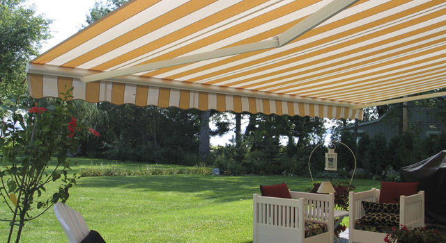 Retractable Awnings - 8
